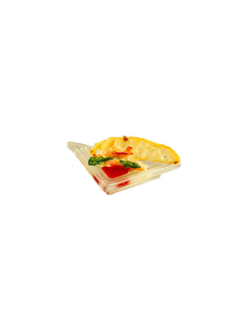 Acquista il prodotto Piattino triangolare in vetro satinato